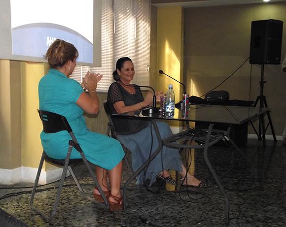 El primer disco de Beatriz Marquez lo grabó a los 16 años. Foto: Marianela Dufflar