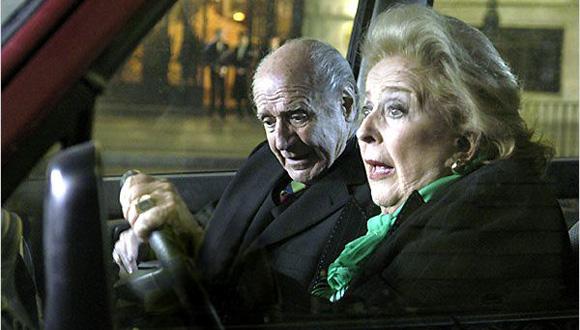 China Zorrilla y Manuel Alexandre en la película Elsa y Fred. Foto: Notimex (Archivo).