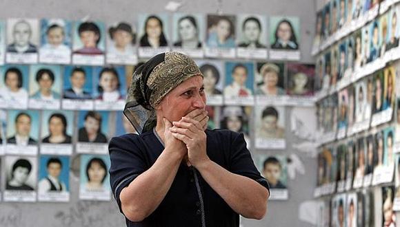 Dos lustros después de la matanza, las Madres de Beslán siguen sufriendo una tragedia que, según algunos, cambió la historia de Rusia. Foto: EFE.