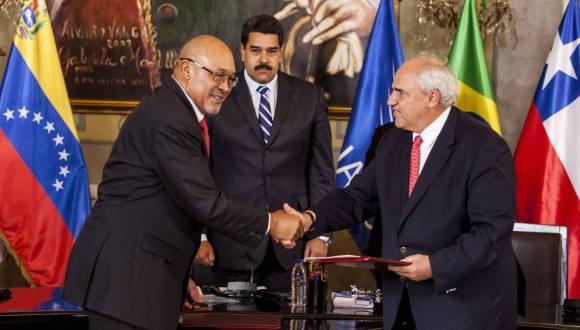 Asume Ernesto Samper como secretario general de UNASUR