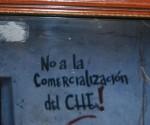 No a la comercialización del Che, pintada en La Higuera. Foto Víctor Casaus