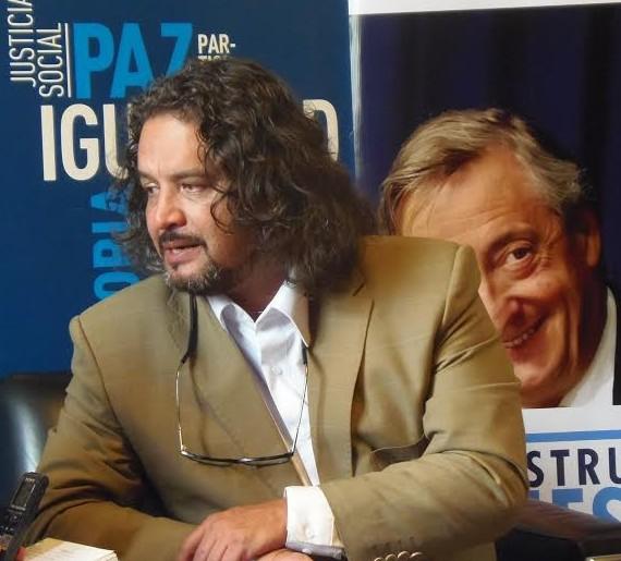 El embajador itinerante de Ecuador para temas estratégicos, Ramón Torres Galarza, de visita en Buenos Aires. Foto: Portal del Sur.