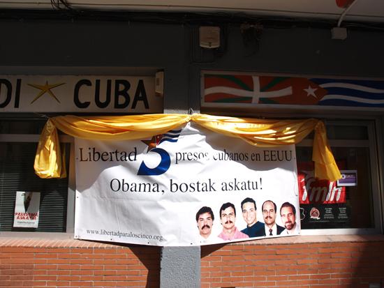 Solidaridad con los Cinco en la sede de Euskadi-Cuba. Foto: Cubainformación