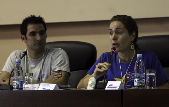 Tonito e Irma, hijos de Antonio y René. Foto: Ladyrene Pérez/ Cubadebate.