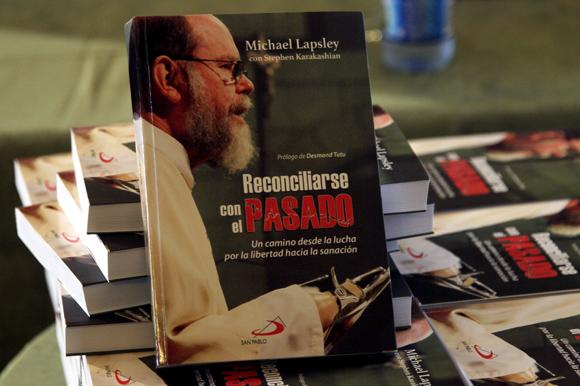 """Presentación del libro """"Reconciliarse con el pasado"""". Foto: Ladyrene Pérez/ Cubadebate."""