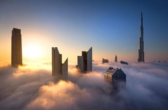 Rascacielos celestiales en Dubai