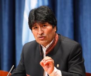 El líder boliviano Evo Morales calificó al bloqueo como
