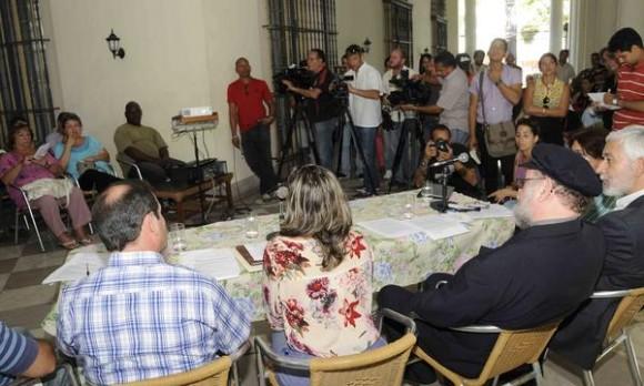 Conferencia de prensa a propósito del X Coloquio Internacional de Solidaridad con Los Cinco y contra el Terrorismo, realizada en la sede del Instituto Cubano de Amistad con los Pueblos (ICAP), en La Habana, Cuba, el 3 de septiembre de 2014. AIN FOTO/Roberto MOREJON RODRIGUEZ