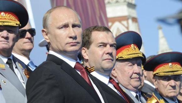 Presidente ruso Vladimir Putin y el primer ministro Dimitri Médvedev. Foto: Ria Novosti.