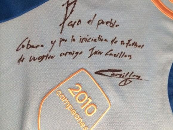 saludo de Iker a los cubanos