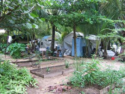 Vista parcial del campamento instalado en Isla Verde.