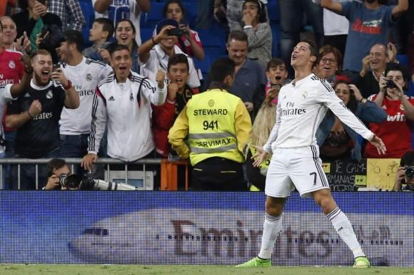 Cristiano festeja un gol