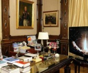 La presidenta Cristina Fernández observa el lanzamiento del satélite