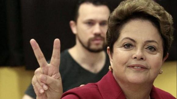 Dilma, ganadora en la primera vuelta electoral, 5 de octubre de 2014.