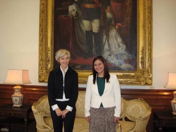 La Exma. Sra. Maria da Asunción Esteves, Presidenta de la Asamblea de la República Portuguesa, recibió en la sede del parlamento a la Embajadora de Cuba, Johana Tablada de la Torre.