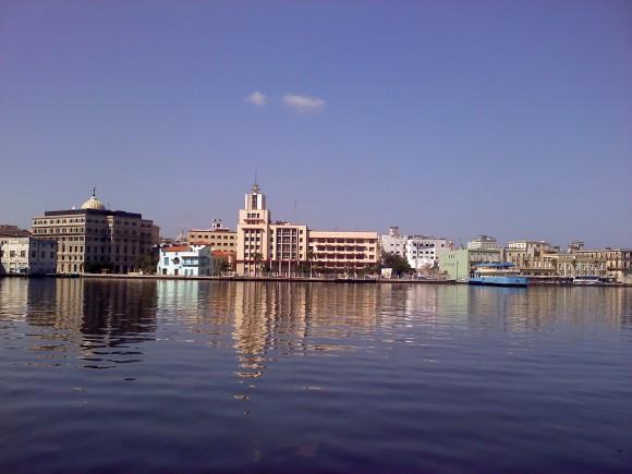 La Habana desde la bahía. Foto: Armando Felipe Fuentes Denis / Cubadebate