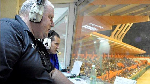 Luis César Valdés, se une a la dupla de narradores deportivos de la CMHW, Normando Hernández y Osmany Valdés. portada