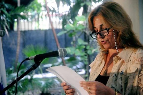 Intervención de Elizabeth Palmeiro Casado,  esposa de Ramón, durante el acto de entrega de la Medalla de la Amistad a Alicia Jrapko y William (Bill) Hackwell,  del Comité de Solidaridad con Los Cinco, realizado en la sede del Instituto Cubano de Amistad con los Pueblos (ICAP), en La Habana, Cuba,  el 2 de octubre de 2014 .   AIN FOTO/Oriol de la Cruz ATENCIO / Cubadebate