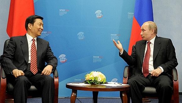 Los procesos geopolíticos están catalizando los vínculos entre Rusia y China. Foto / AFP.