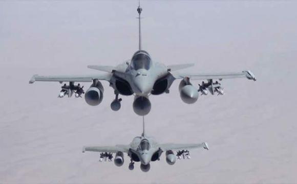 Primeros-bombardeos-franceses-contra-Estado-Islámico-en-Irak