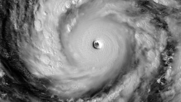 El Laboratorio de Investigación de Estados Unidos Navla, muestra la imagen satelital del súper tifón Vongfong en el Océano Pacífico occidental. / Foto: AFP
