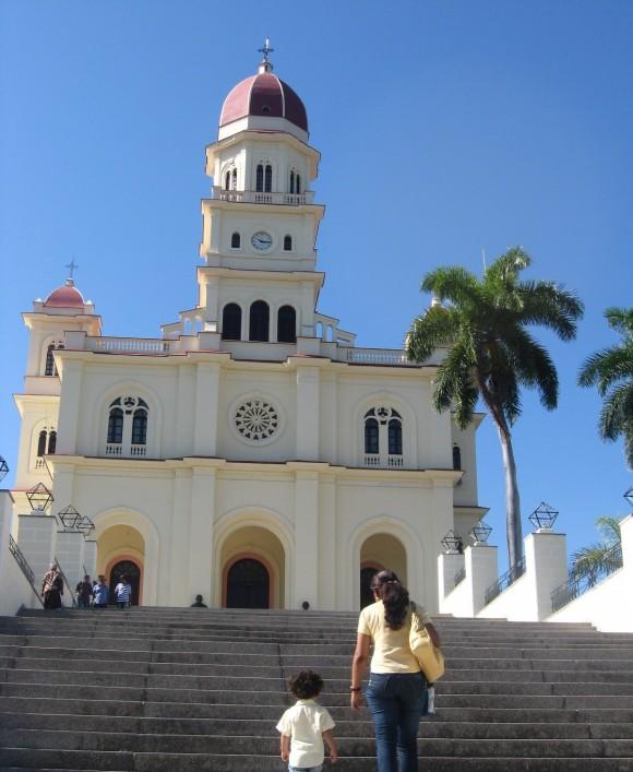 Vista frontal de la Iglesia del Cobre. Foto: Isael Popa / Cubadebate