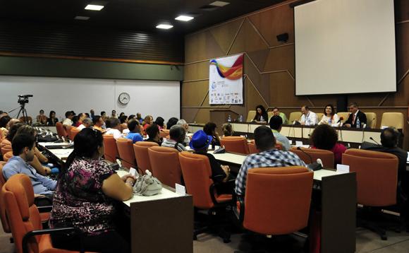 Presentación del canal panárabe Al Mayadeen en la Convención de Radio y Televisión. Foto: Ladyrene Pérez/ Cubadebate.