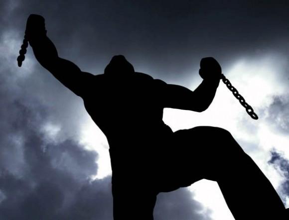 El símbolo del esclavo que rompe sus cadenas, en Barbados. Foto: Ismael Francisco/ Cubadebate