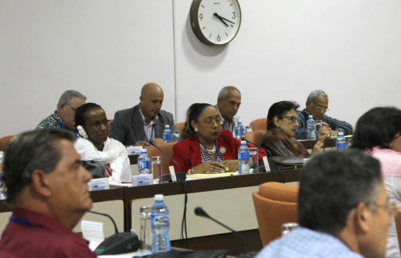 Reunión Técnica de especialistas y directivos para la prevención y el enfrentamiento al virus del Ébola que se efectúa en el Palacio de las Convenciones de La Habana.
