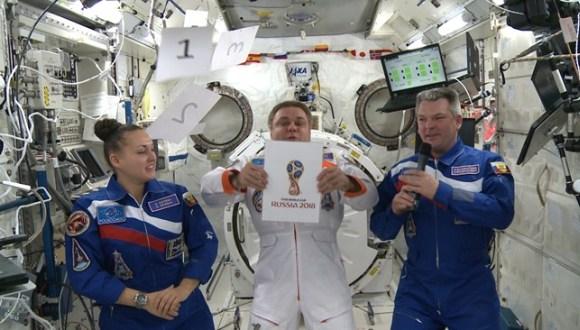 logo de rusia 2018 desde el espacio