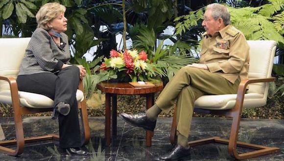 La secretaria ejecutiva de la CEPAL manifestó su interés en el proceso de actualización del modelo económico cubano. Foto: Estudio Revolución.