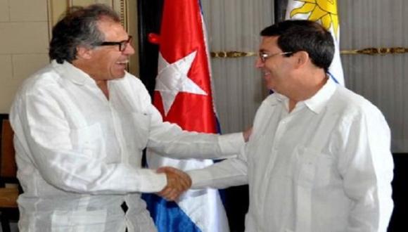 El canciller cubano Bruno Rodríguez, recibió en Cuba a su homólogo uruguayo Luis Almagro.