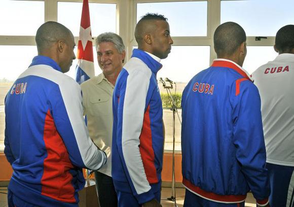 Despidió Díaz Canel a delegación de Cuba a los Juegos Veracruz 2014