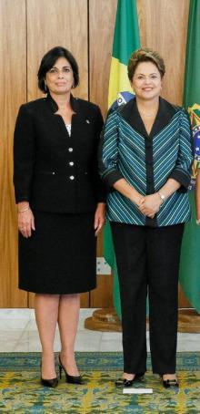 Dilma recibe a embajadora cubana noviembre de 2014