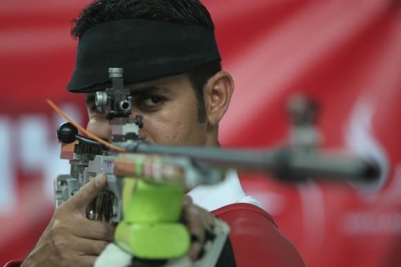 Reynier Estopiñan Oro en Rifle tres posiciones. Foto:Ismael Francisco/Cubadebate.