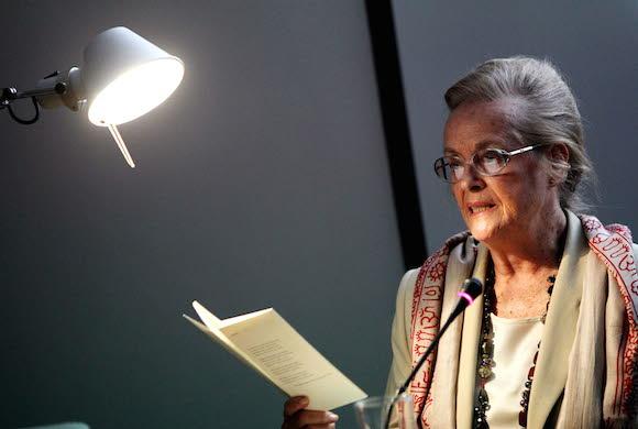 María Victoria Atencia.