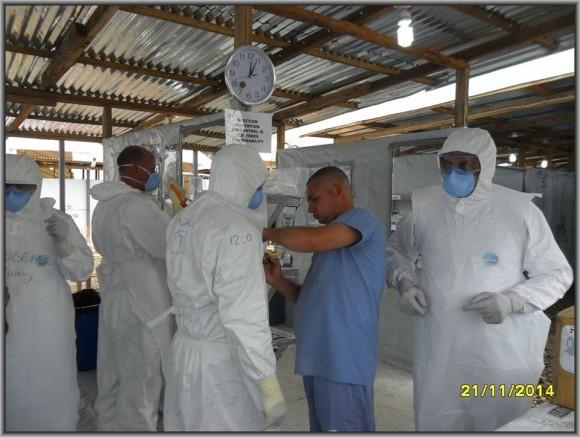 Primer día de entrenamiento intensivo en la zona roja del tercer subgrupo de la Brigada Médica Cubana en Liberia2