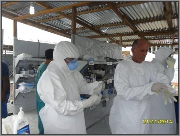 Primer día de entrenamiento intensivo en la zona roja del tercer subgrupo de la Brigada Médica Cubana en Liberia5
