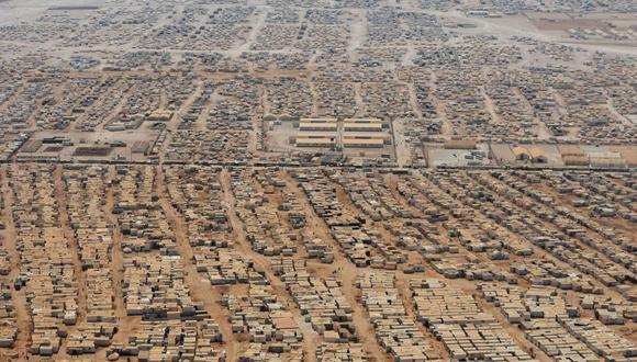 Vista aérea muestra que muestra el campo de refugiados sirios desplazados en Zaatari, cerca de la ciudad jordana de Mafraq. Foto: Reuters