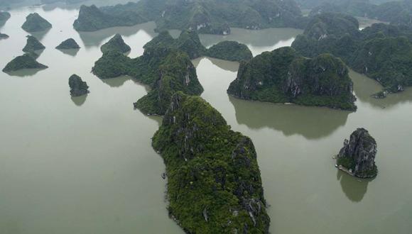 Bahía de Ha Long, en Vietnam, vista desde un hidroavión. Foto: Reuters