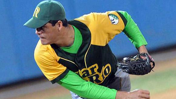 Cuba noquea a Guatemala y culmina invicto la clasificatoria del béisbol