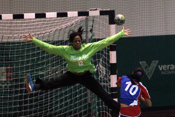 Gana medalla de Oro equipo cubano de Balonmano femenino. Foto: Ismael Francisco/Cubadebate.
