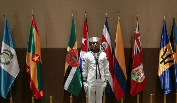 Ceremonia de izamiento de la bandera cubana en los JCC de Veracruz-. Foto: Ismael Francisco/Cubadebate.