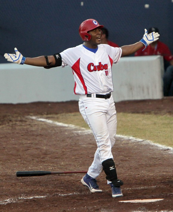 Malleta celebra su cuadrangular.Foto: Ismael Francisco/Cubadebate.