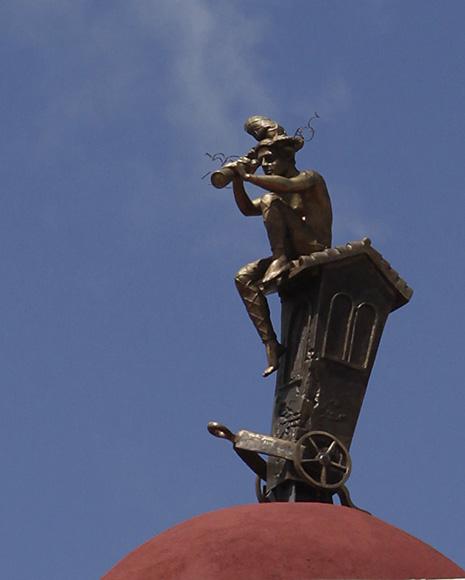 Traslación, de la artista Marta Jiménez, Premio Unesco al Mejor Conjunto Arquitectónico de la Plaza del Carmen. Foto: Ismael Francisco/Cubadebate.