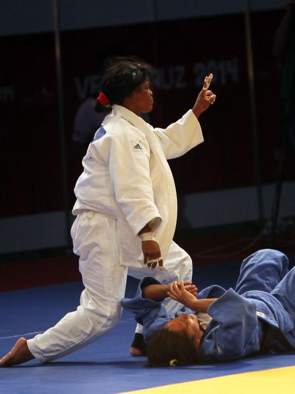 Yanet Bermoy oro en 52 kg. Foto: Ismael Francisco/Cubadebate.