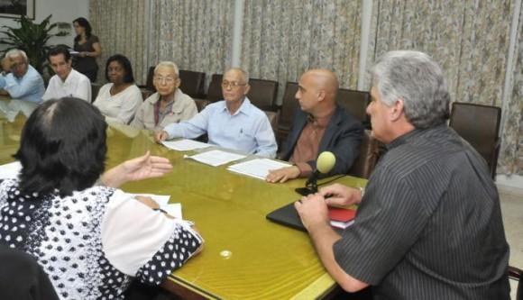 El encuentro protagonizado por Miguel Díaz-Canel Bermúdez junto a líderes evangélicos y protestantes, sirvió para recordar el papel de Fidel en el fortalecimiento de las relaciones Iglesia-Estado. Foto: Alberto Borrego
