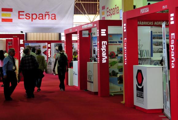 Con cinco pabellones, España es el país más representado en Fihav 2014. Foto: Ladyrene Pérez/ Cubadebate.