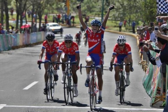 Marlies Mejías, con cinco oros fue la reina de Cuba en los Juegos. La hazaña de las ciclistas cubanas en la pista y en la memorable prueba de la ruta son parte de los hechos más destacados de estos Juegos. Foto: Lissette Ricardo