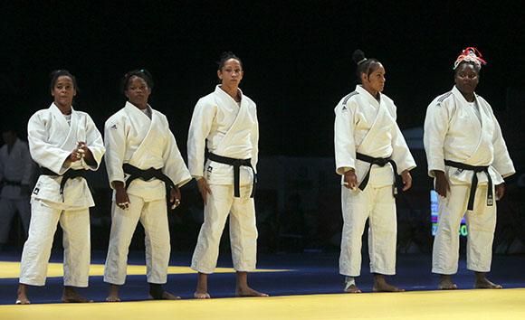 Equipo Cuba de Judo femenino. Foto: Ismael Francisco / Cubadebate.